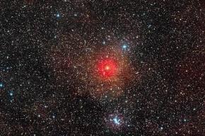 Ученые нашли звезду в миллион раз ярче Солнца