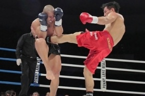 Кикбоксер Хасиков победил Замбидиса и объявил о завершении карьеры