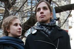 Толоконникову и Алехину облили зеленкой в Нижнем Новгороде