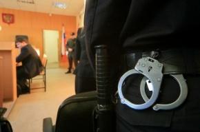Семеро полицейских-вымогателей арестованы в Петербурге