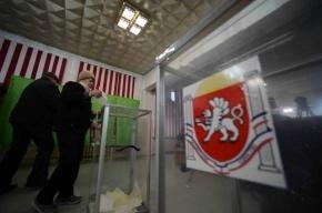 На референдуме в Крыму выдают бюллетени гражданам России