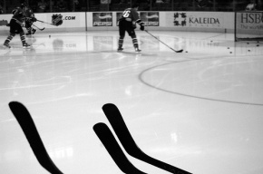 В Тульской области осудили хоккеиста, сломавшего судье челюсть клюшкой