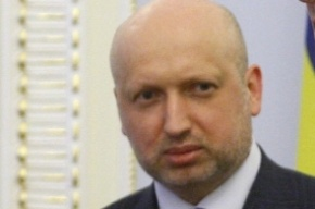 Киев не будет вводить войска в Крым, ожидая провокаций на границе
