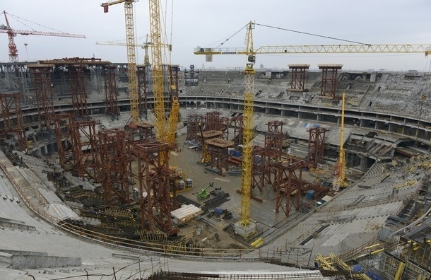 Стадион для «Зенита» пообещали сдать в срок