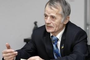 Главе крымских татар запретили на пять лет въезд в РФ