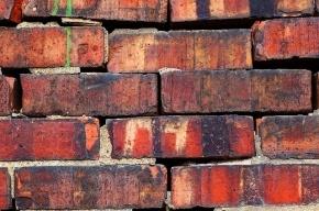 В Москве рабочий погиб под рухнувшей стеной мясокомбината