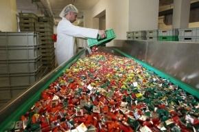 Украина запретила продажу российских конфет, сыра и рыбы