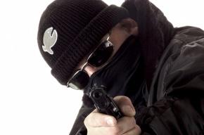В Петербурге банк «Открытие» ограбили на 3 млн, ранив кассира в руку