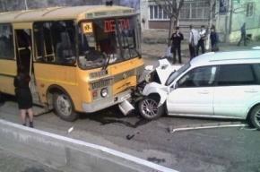 В Приморье пьяный водитель протаранил автобус со школьниками