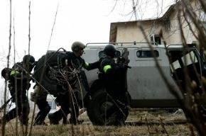 В Дагестане силовики штурмуют дом с боевиками