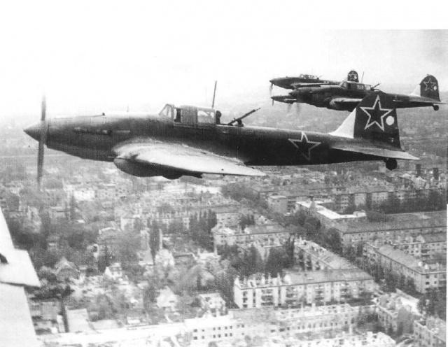Ил-2: Фото