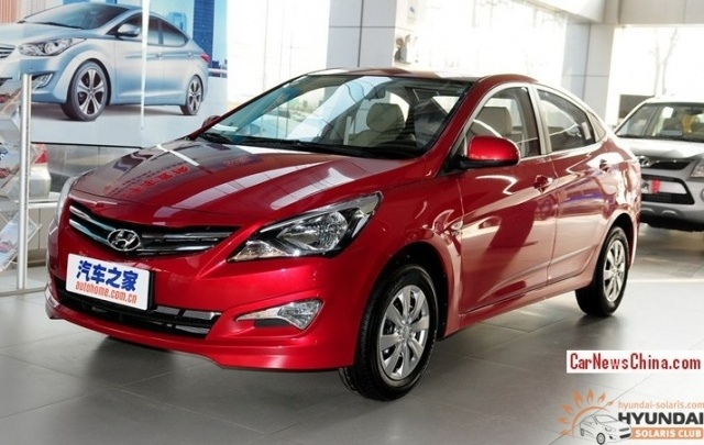 Hyundai Solaris: Фото