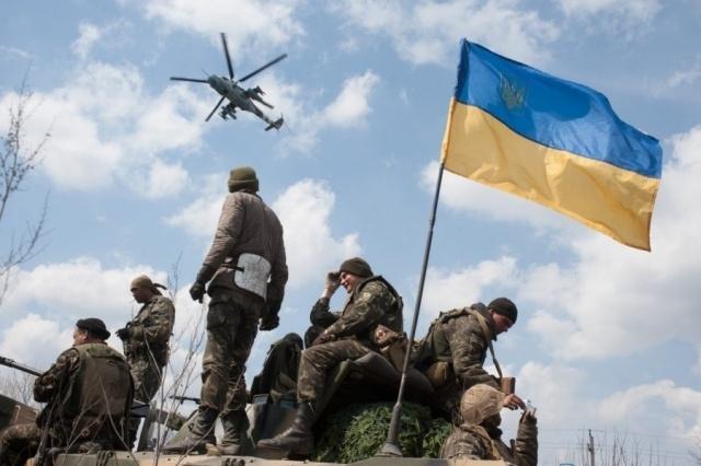 Эксперт: Организованные вооруженные силы в Украине отсутствуют: Фото