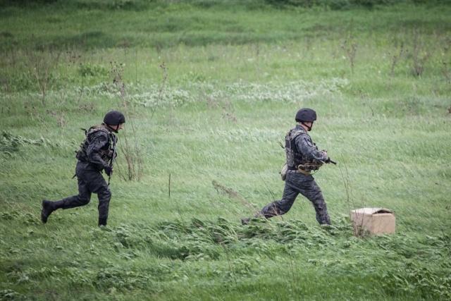 Украинская гвардия и сторонники федерализации, Донецкая область: Фото