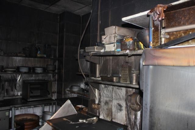 В Петербурге сгорел ресторан суши: Фото