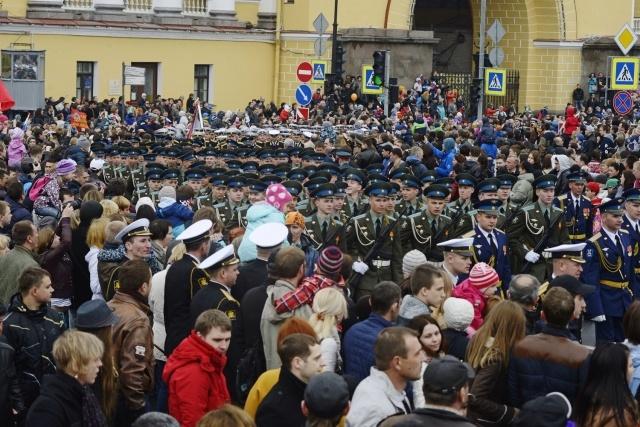На Дворцовой площади состоялся Парад Победы 9 мая 2014 : Фото