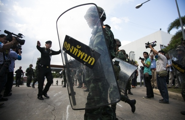 Комендантский час в Таиланде распространяется и на курортные зоны