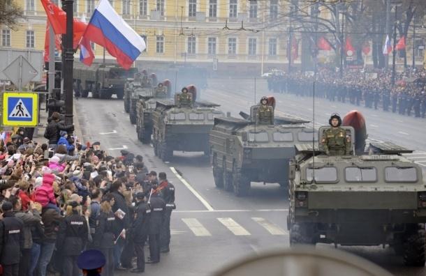 На Дворцовой площади состоялся Парад Победы