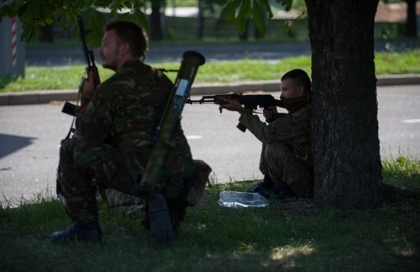 Против ополченцев в Донецке подняты семь вертолетов и четыре самолета