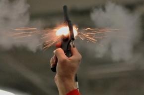 В торговом центре в Москве открыли стрельбу из сигнального пистолета