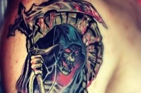 В Петербурге из реки достали утопленника с татуировкой «смерть с косой»