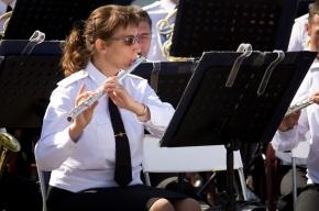Военные оркестры сыграют в Летнем саду