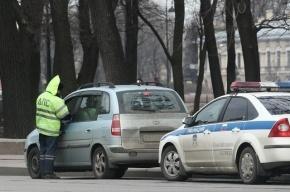 Автомобиль вневедомственной охраны сбил школьницу в центре Петербурга