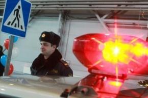Двое полицейских пострадали от рук хулиганов в Петербурге