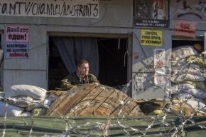 В Луганской области эвакуируют разгромленный избирательный участок