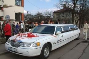 На Кушелевской дороге в ДТП попал лимузин