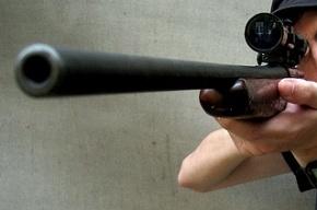 Налетчики с ружьями ограбили магазин в Москве