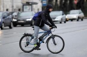 В Колпино водитель сбил велосипедиста и скрылся с места ДТП