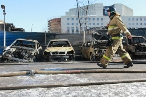 В Петербурге за ночь сгорело пять машин