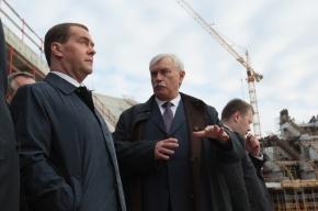 Премьер Медведев посетил строящийся стадион «Зенит»