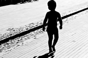 В Иркутской области родители выгнали из дома трехлетнего ребенка