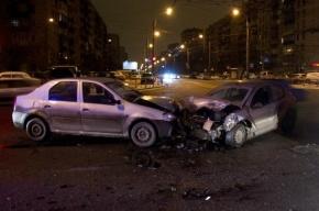 Четыре машины столкнулись в Галерном проезде