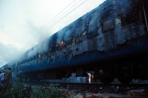 Горящий локомотив остановил движение из Москвы на южном направлении