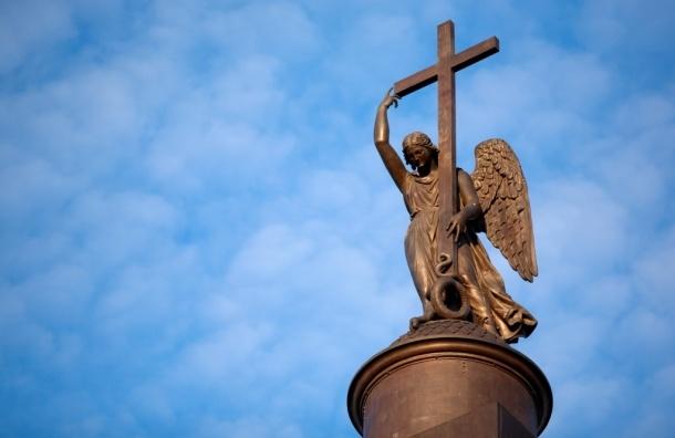 Петербургские ангелы поселятся на Дворцовой площади