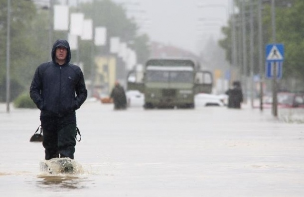 Наводнения на Балканах привели к беспрецедентной гуманитарной катастрофе