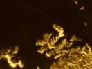 Фоторепортаж: «На спутнике Сатурна обнаружили волшебный остров»