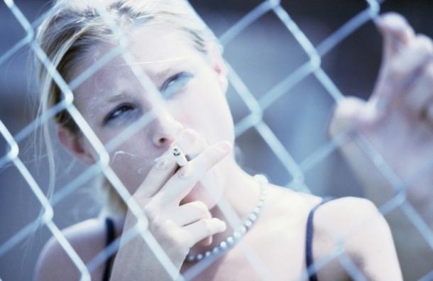 Госдума считает преступной идею запрета на курение для женщин моложе 40 лет