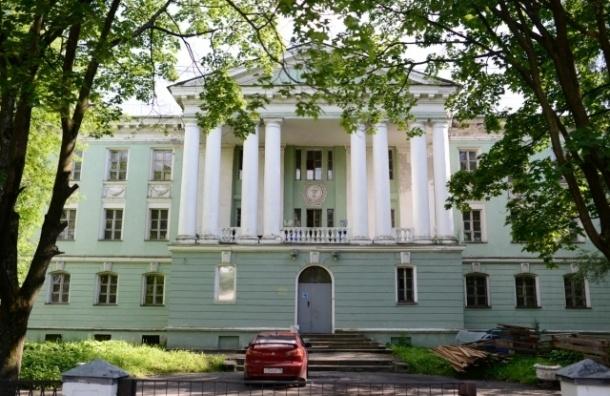 Разрешение вырубить сквер на улице Одоевского приостановлено