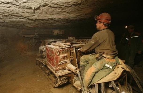 Двое шахтеров погибли в подтопленной шахте Донецкой области