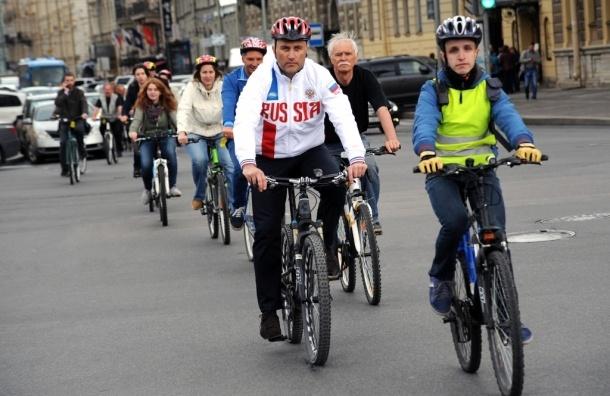 В Петербурге создадут 200 км велосипедных дорожек