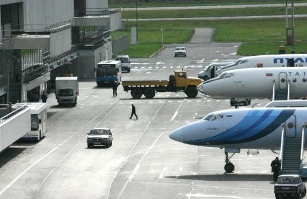 Самолет Петербург – Киев вернулся в Пулково