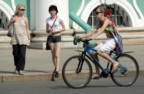 Жителям Петербурга бесплатно дадут велосипеды на выходные