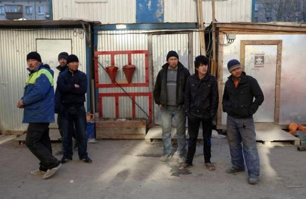 В центре Петербурга разбился рабочий-мигрант