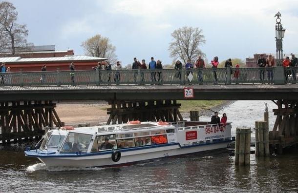 В Петербурге запущен новый формат водных экскурсий