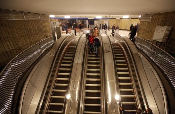 В петербургском метро решили не крутить классическую музыку