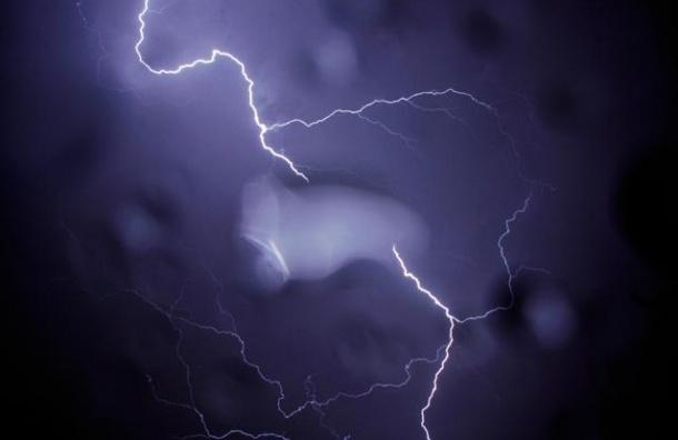 В Ленобласти в понедельник объявлено штормовое предупреждение